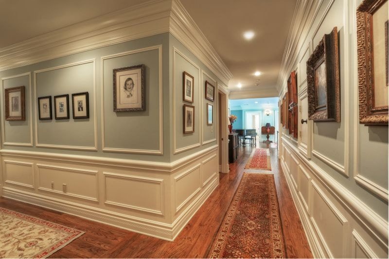 Custom Wainscoting Carpenters Tampa